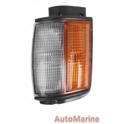 Toyota Hilux [1984 - 1987] Corner Lamp - Right
